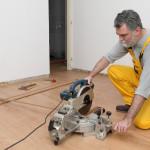 cutting laminate flooring planks