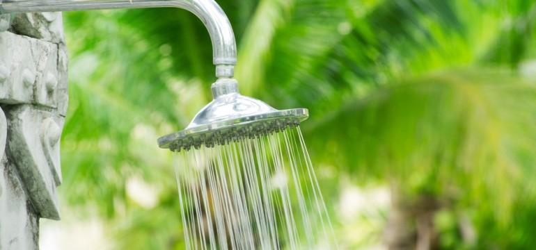 outdoor showerhead