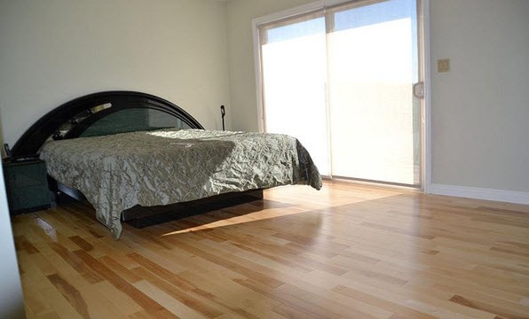 birch wood floors bedroom
