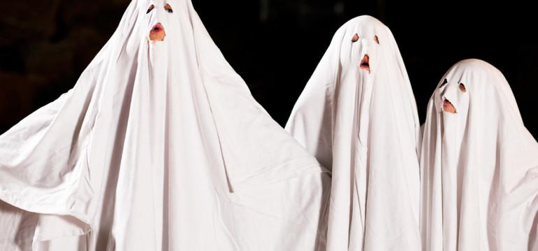 DIY halloween costumes ghostly trio