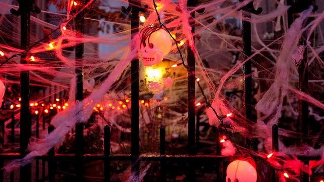Halloween home decor walk up