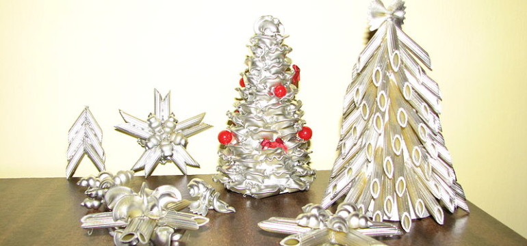 Christmas_decorations_made_of_pasta_2008_Poland_Silesia