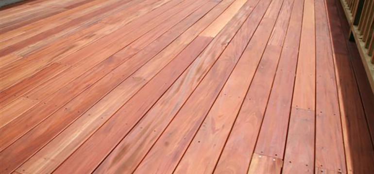 10108989-mahogany-solid-sup-room5