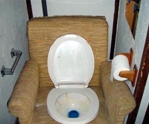 10 Redneck Bathrooms on redneck living room, redneck bedroom interiors, redneck kitchen, redneck bathroom, redneck bed, redneck heater, redneck master bedroom, redneck bedroom inspiration, redneck candles,