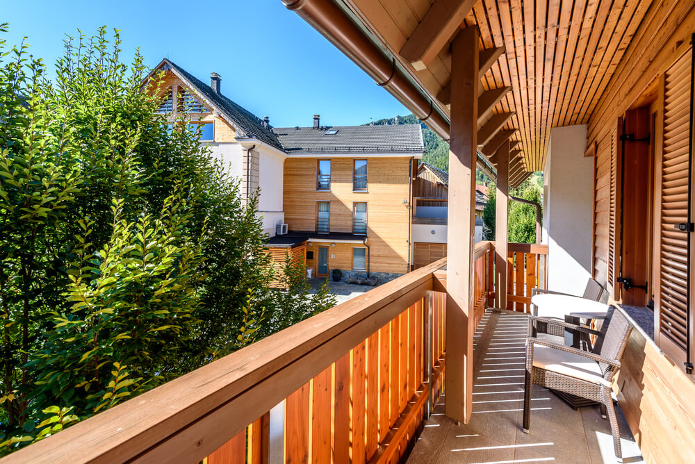 6 Options For Apartment Balcony PrivacyBuildDirect Blog ...