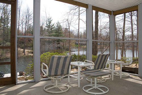 Do It Yourself Home Design: How To Screen In A Porch Or Deck