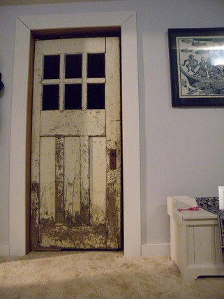 salvaged door & Building With Salvaged Materials pezcame.com