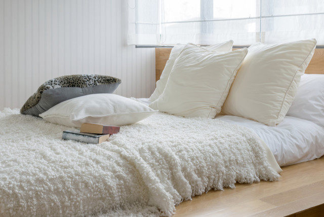 bedroom subtle style bedding