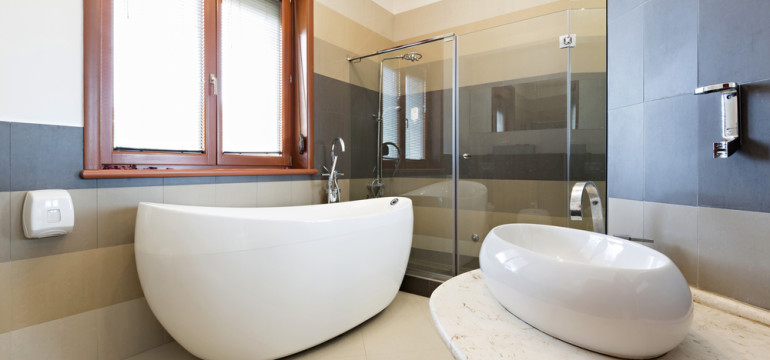 modern bathroom standalone tub shower