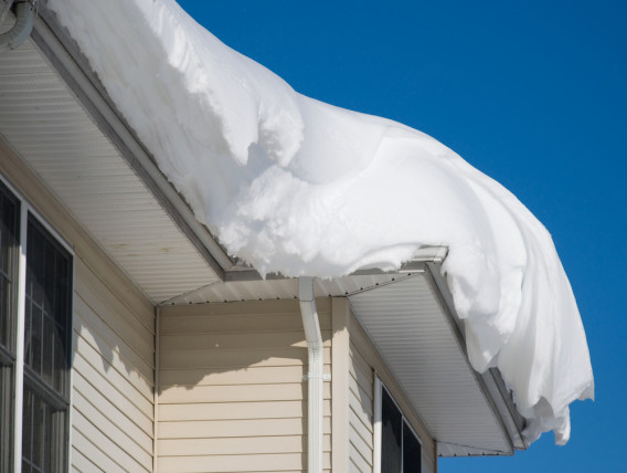 winter roof maintenance snow