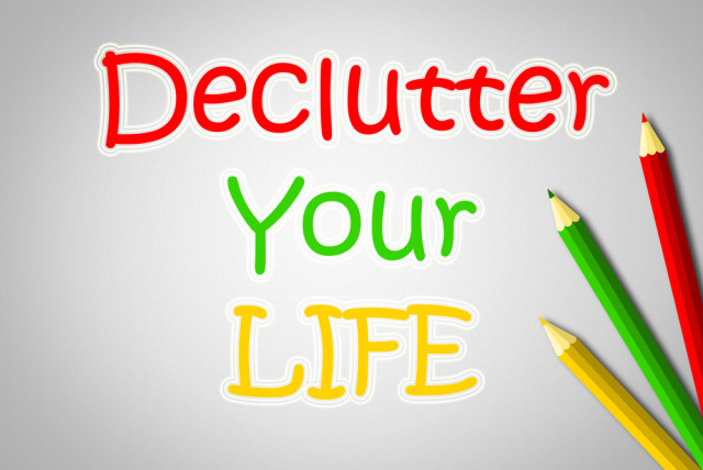 declutter your life christmas colors