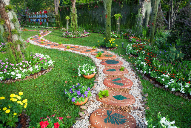 garden path design cheery