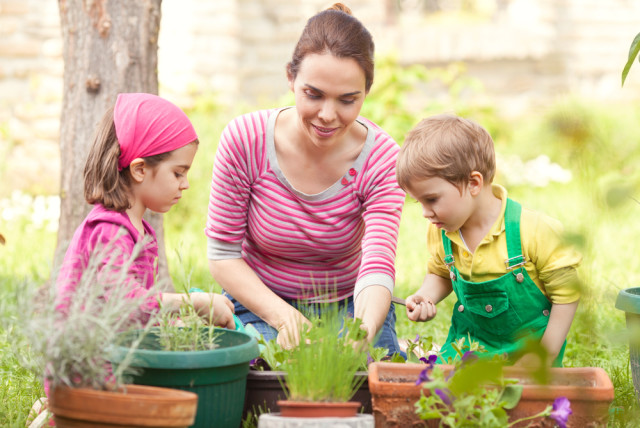 kids learning about gardening
