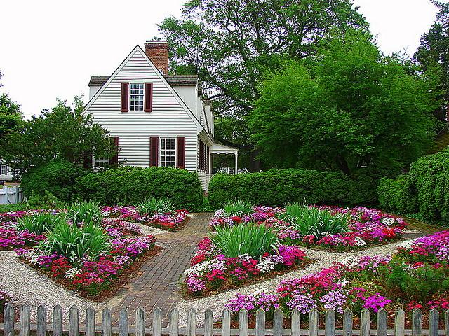 Use A Color Wheel For Flower Garden Designbuilddirect Blog Life