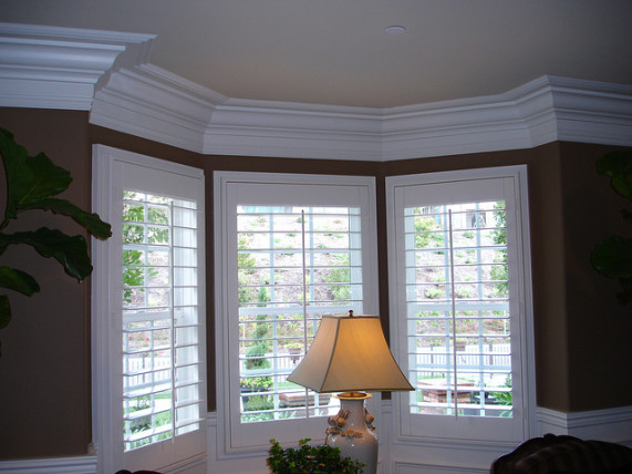 Crown Molding History Benefits And Applications
