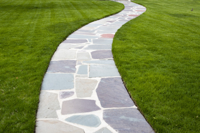 A Quaint Classic Natural Stone Walkways
