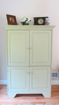 annie sloan chalk paint TV cabinet