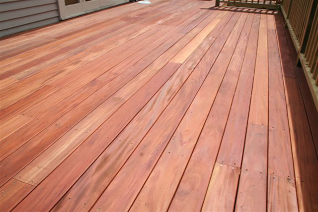 How To Stain A Wood Deck Yourself