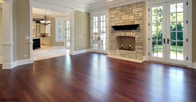 Vinyl plank flooring saffron