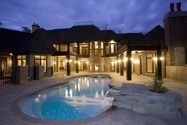 residence by Lord General Contractors