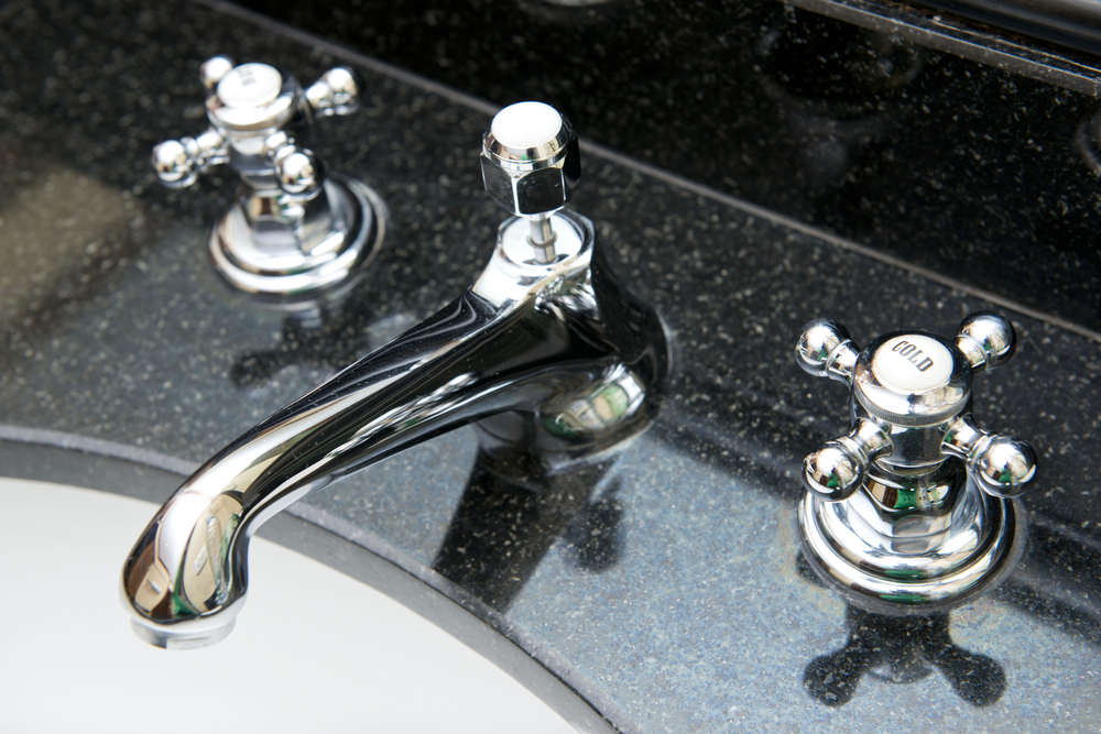 What kind of bathroom faucet should I buy