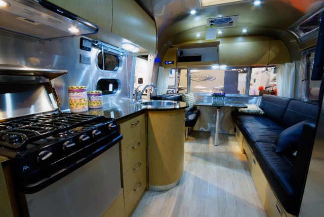 6 Ways to Spruce Up Your RV or Mobile Home