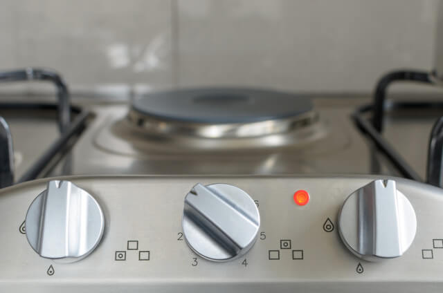 gas and electric range