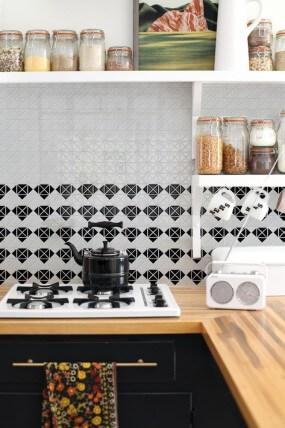 diamond kitchen backsplash