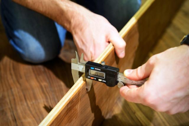 measuring floor thickness