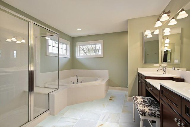 white_marble_giallo_12x12_polished_bathroom_595a23f719857_1000